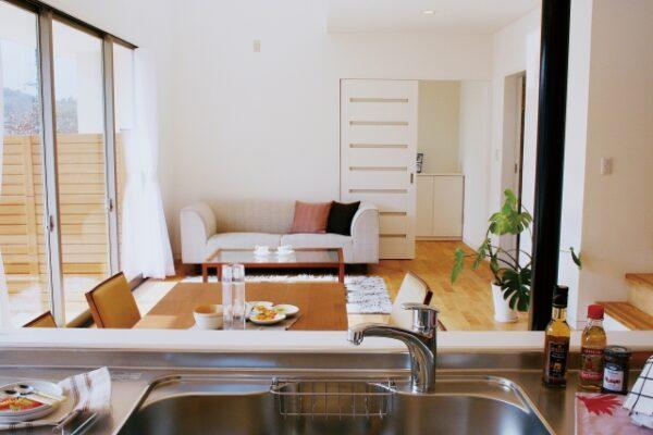 タイルやフローリングなど台所の床材の種類と特徴