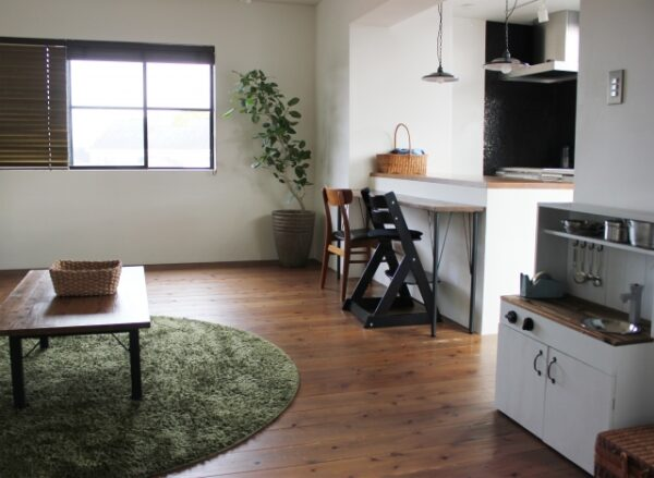 フローリングリフォーム 玄関やリビングなどの部屋別床材の選択方法!!