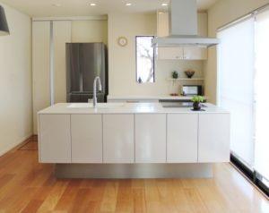キッチン床張り替え費用が生じるケースとは