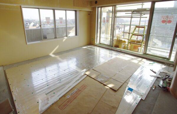 床の張替え床暖房施工の費用とコツ!床暖房で冬を快適に乗り切ろう!!