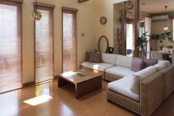 内装床の張替え・補修の方法と費用相場は?