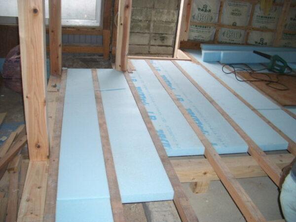 床張替え断熱材のリフォーム費用・価格は?