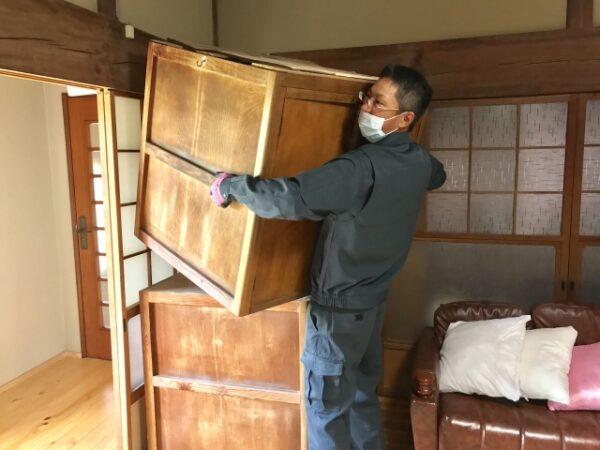 床リフォーム家具の移動は誰がする?